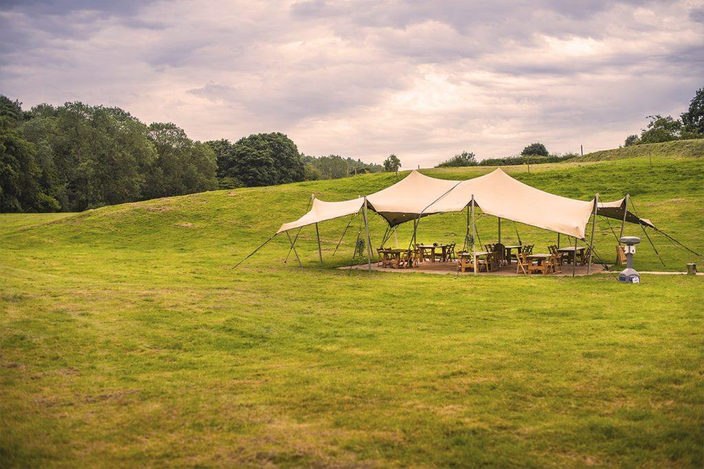 Dining stretch tent WM-min